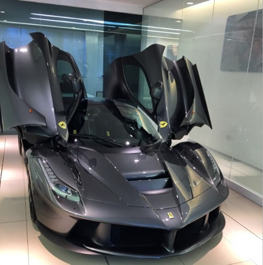 gordon-ramsay-laferrari