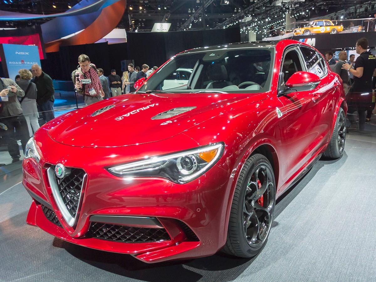 2018 Alfa Romeo Stelvio SUV Crossover